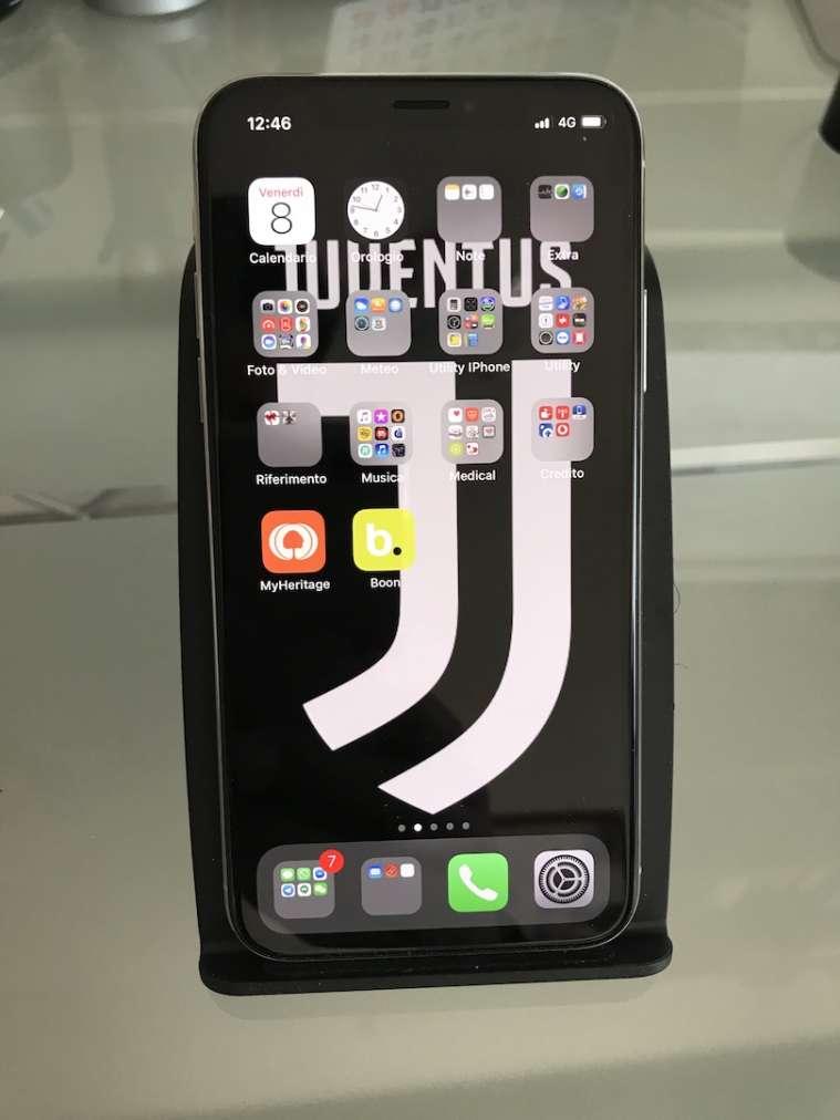 Basetta LC-C1 con iPhone X