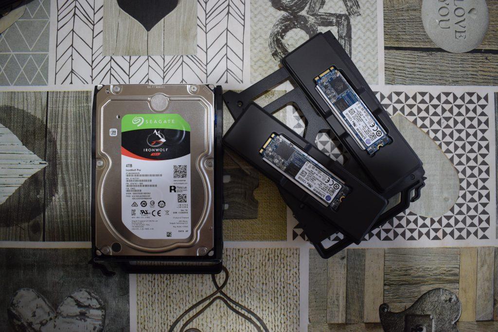 QNAP TS-251B HDD ed SSD