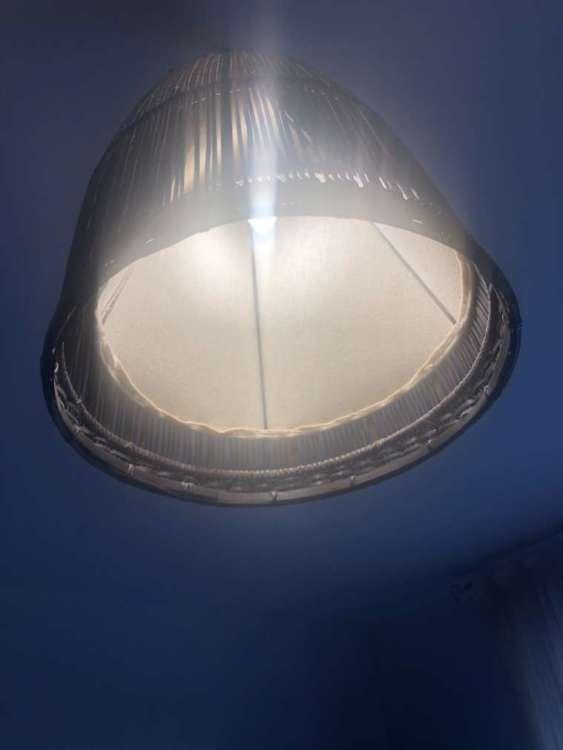 Lampadina Smart Candle colour di Innr bianca