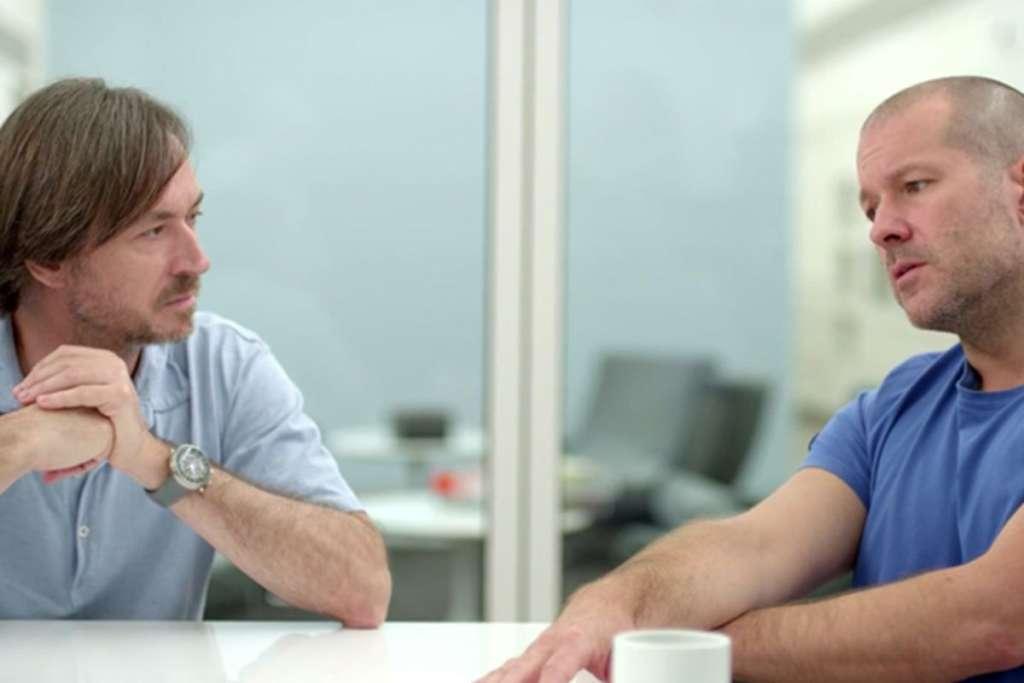 Jony Ive abbandona Apple colleghi