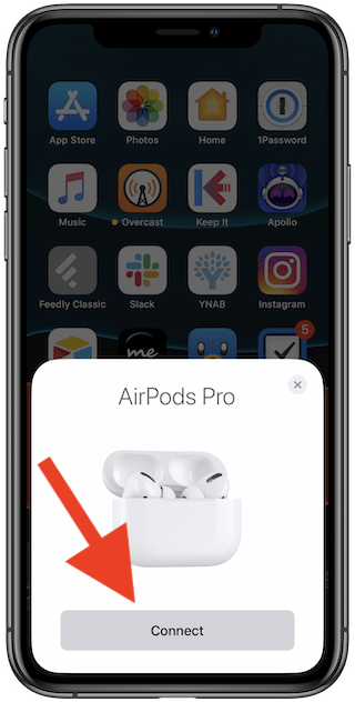 Collegare AirPods Pro all'iPhone/iPad: spingere connect