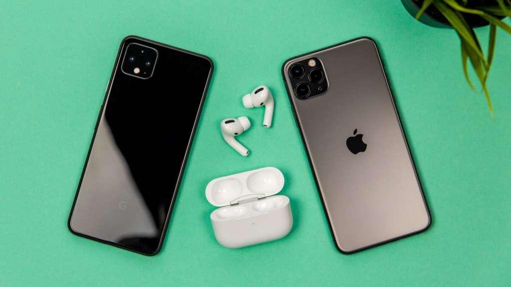 AirPods di Apple continuano a dominare il mercato. Le cuffie della mela, infatti, hanno una quota di mercato del 47% nel 2019.